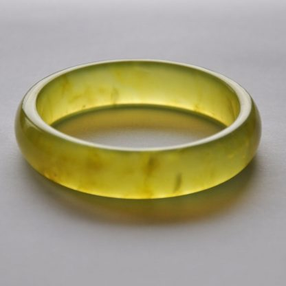Green quartz bangle 60mm